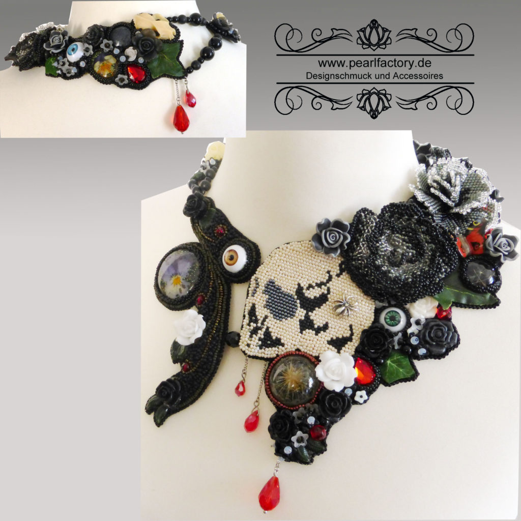 collier-halskette-gothic-goth-bead-embroidery-memento-mori-1x