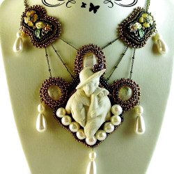 TheFox-1-BeadEmbroidery-Bead_Embroidery-Collier-Kette-Pearlfactory