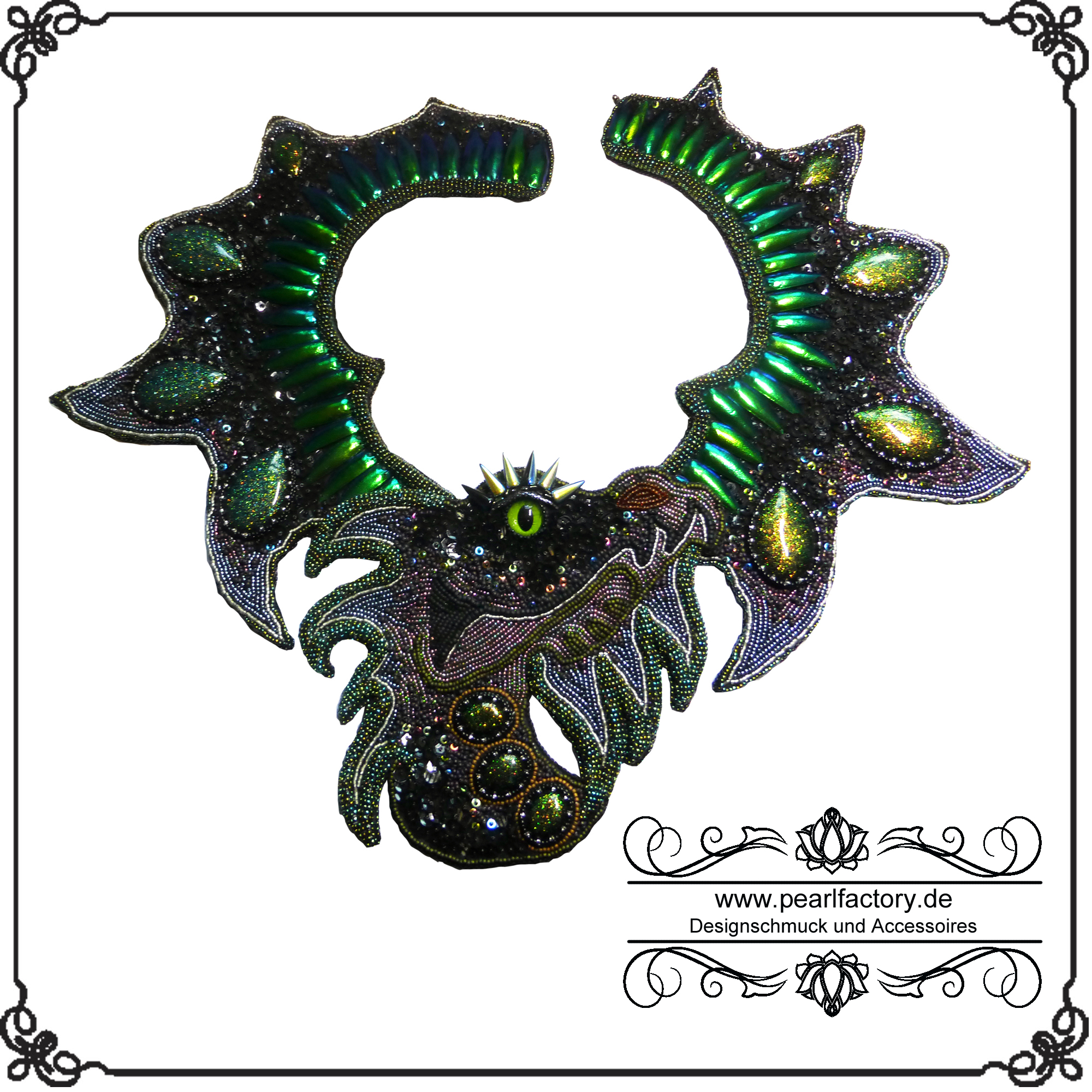 Collier-halskette-kette-bead-embroidery-dragon-0
