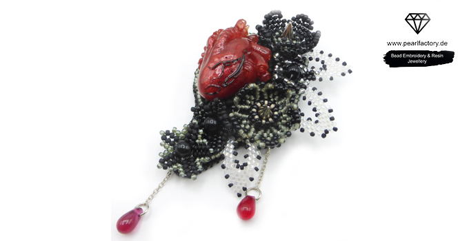 goth resin realistic heart brooch
